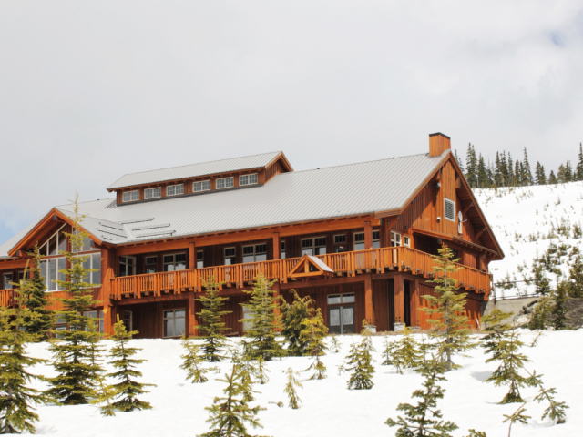 Six Helpful Tips for Choosing the Best Ski Lodge Every Time